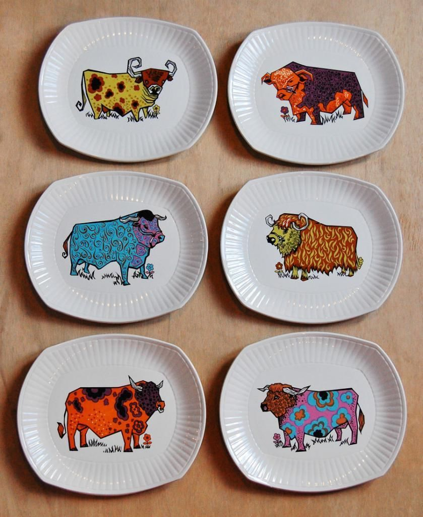 Beefeater Steak Plates By English Ironstone Pottery