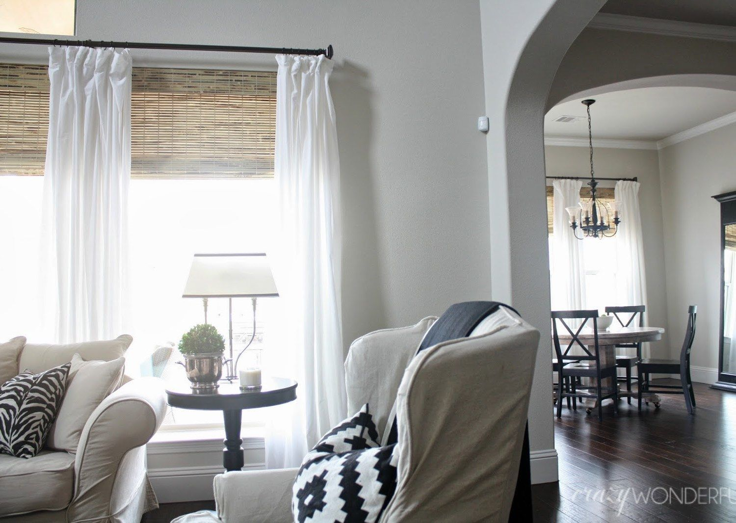 Woven Wood Shade In 2019 Home Living Room Bamboo Roman