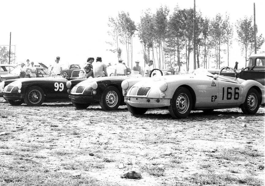 Racing MGA\'s/BARCBOYS   MGA life   Pinterest   Cars and Sports cars