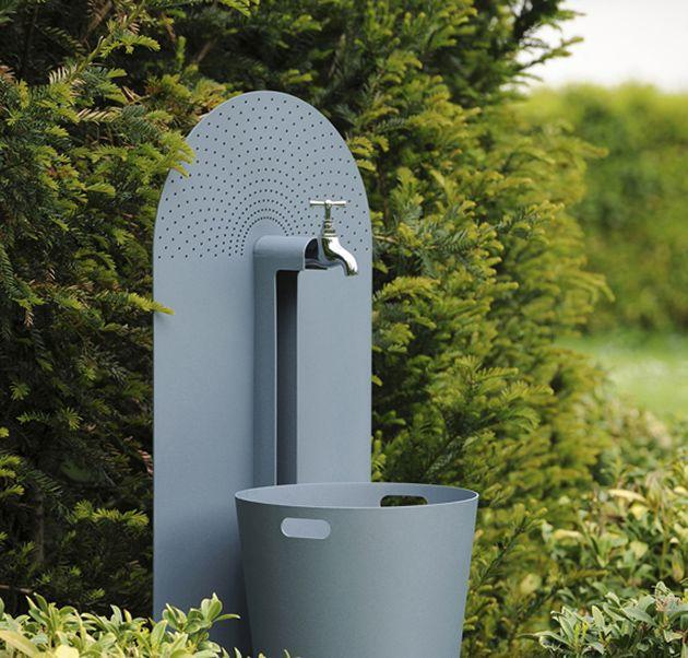 Galvanized Steel Garden Accessories From French Company Laorus Garden Accessories Garden Sink Modern Outdoor