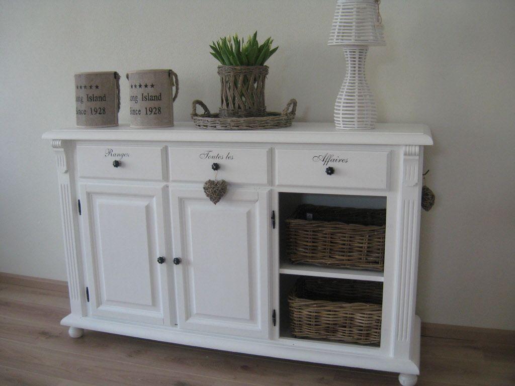 Landelijk dressoir kast decoratie pinterest dressoir for Decoratie op dressoir