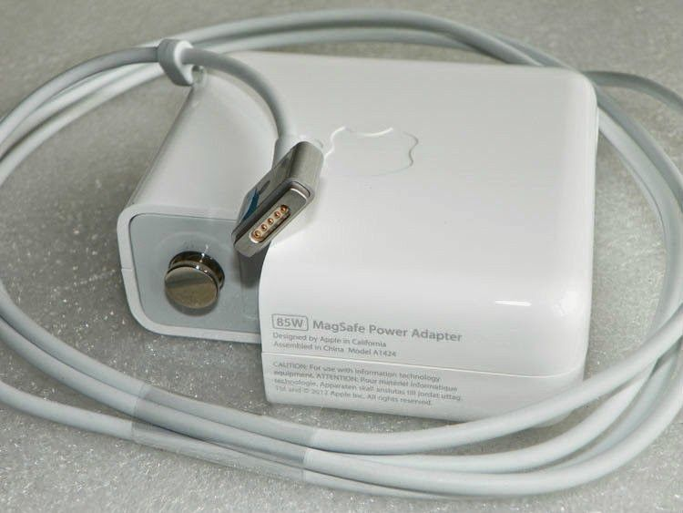 Laptop Adapter Replacement Calicut Malappuram Kannur Original Apple MagSafe 2 Power A1424 20V 425A 85W