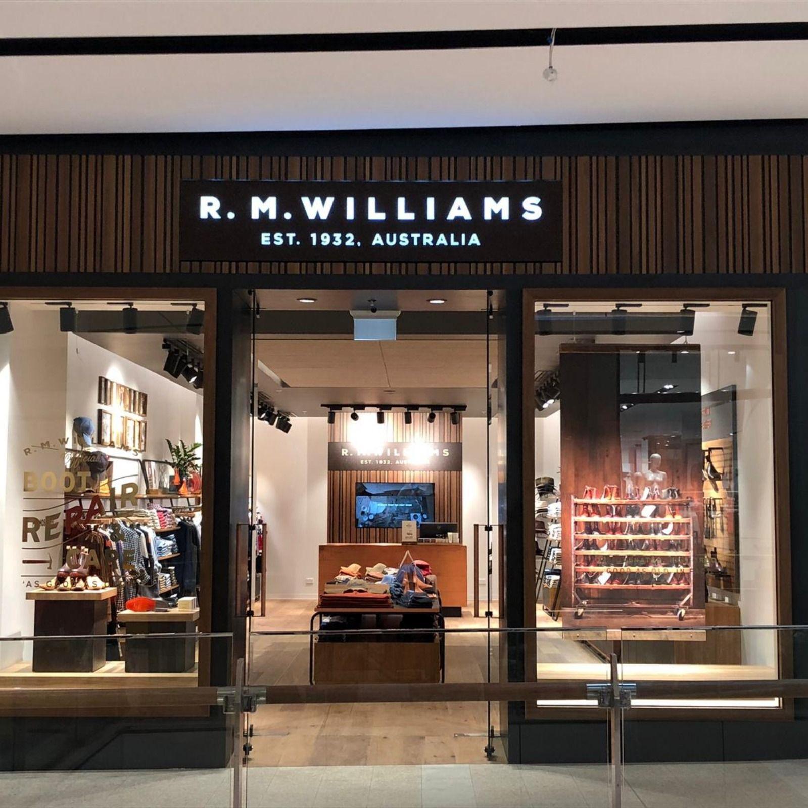 RM Williams Sunshine Plaza | Rm