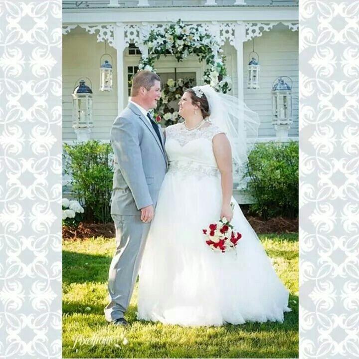 Simpson's Real Bride, Elaine Staton Kluttz, Wearing Allure