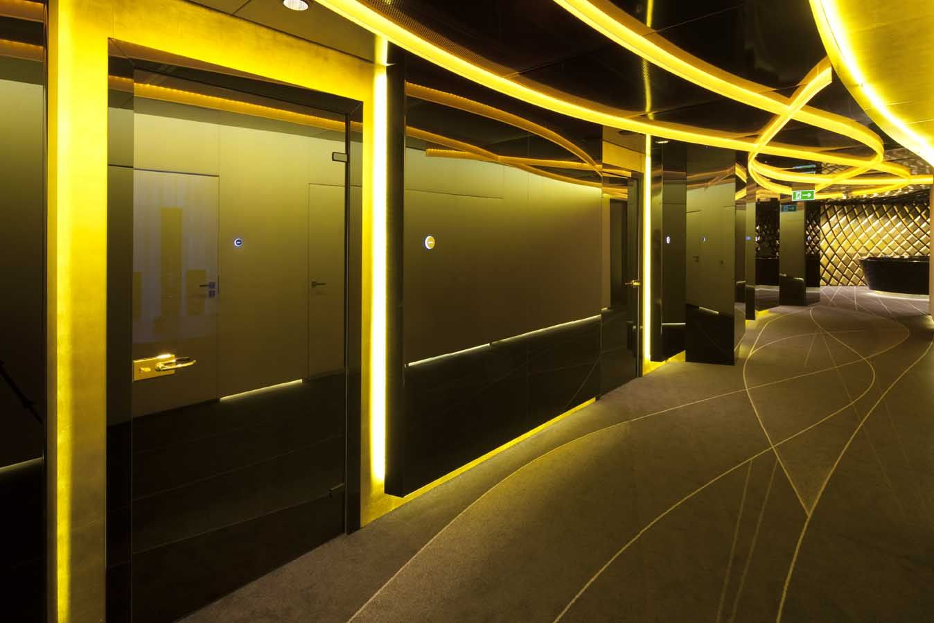 Pko bank polski by robert majkut design poland office healthcare