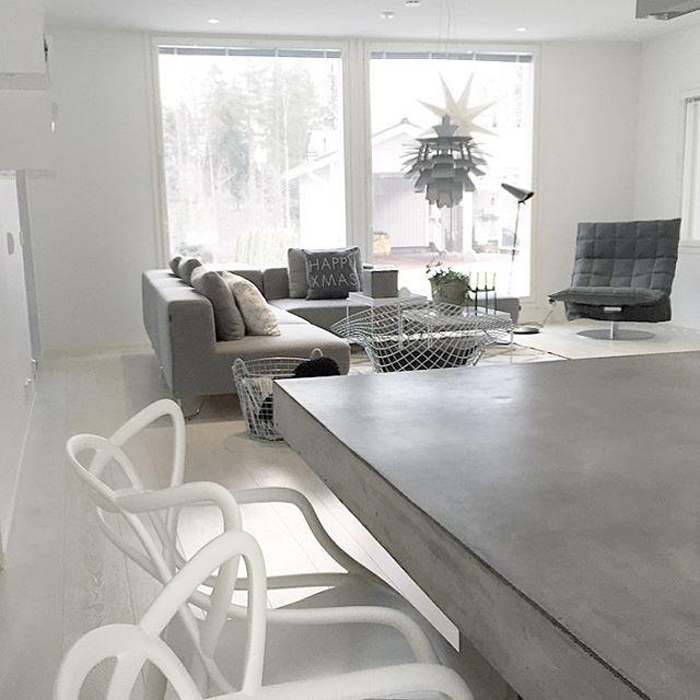 Swivel k chair in the living room Interior design inspiration