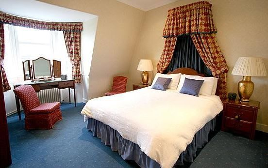 The Town House, Edinburgh, Scotland. Travel. Breakfast. B and B. Hotel. Holiday. Day Out. City Centre. Business. Victorian property.
