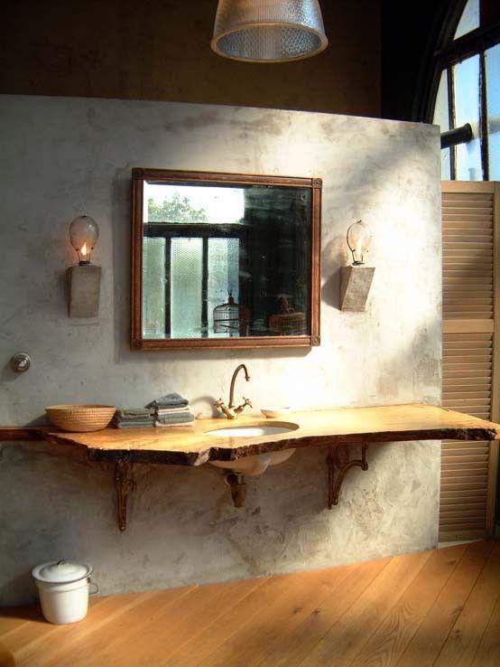 Ba o estilo industrial pared acabo microcemento lavabo for Encimera bano madera rustica