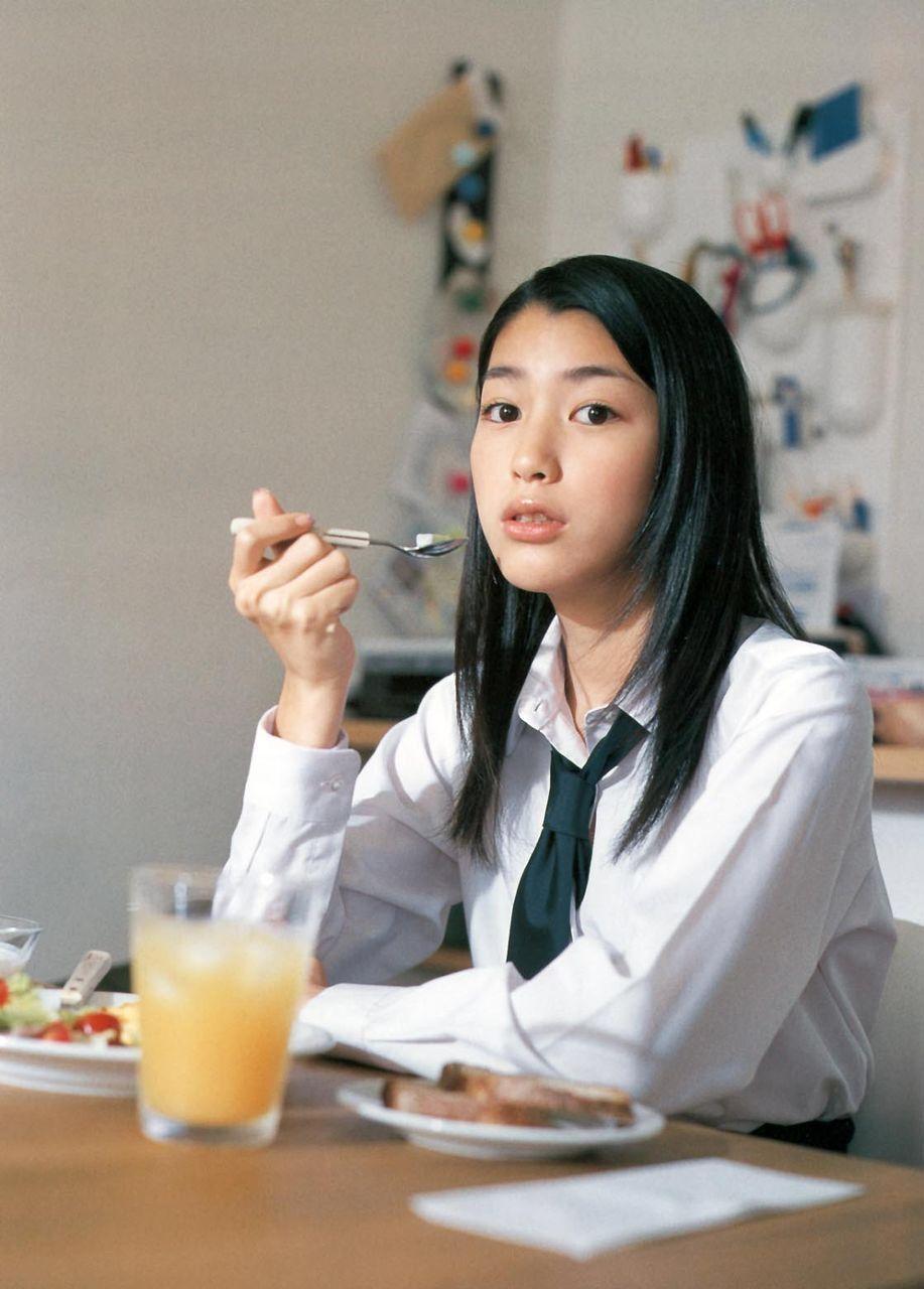 成海璃子 成海璃子 riko narumi