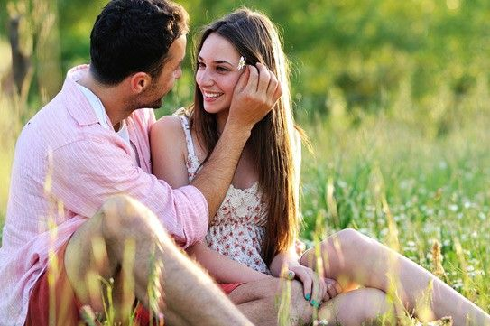 The standard dating procedure involved with dating a woman should go like this: You make her feel attracted to you when you interact with her in person, on the phone or online..
