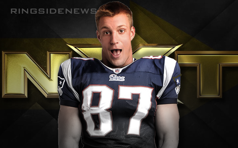 Rob Gronkowski Not Likely To Make Wwe Jump Gronkowski New England Patriots Rob Gronkowski