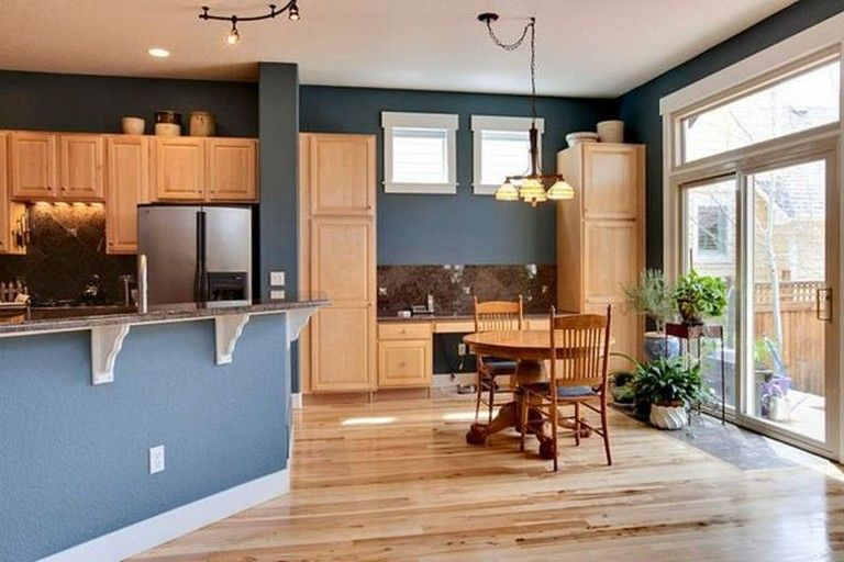 Best 35 Beautiful Kitchen Paint Colors Ideas With Oak Cabinet 400 x 300