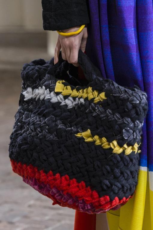 d fil daniela gregis automne hiver 2017 2018 pr t porter bags sac tricot sac et tricot. Black Bedroom Furniture Sets. Home Design Ideas