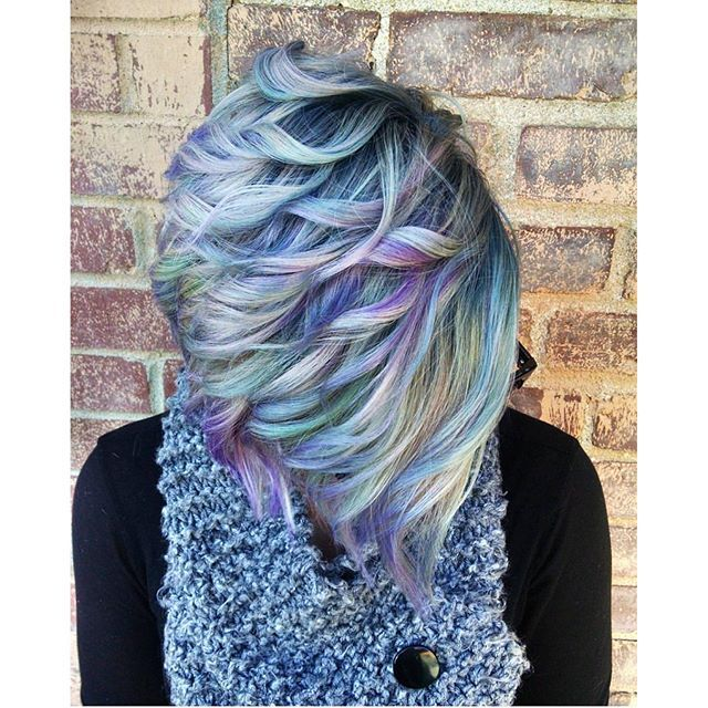 Love this amazing pearlescent hair color design by ...