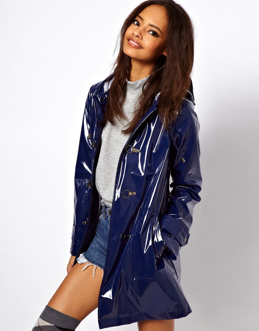 Not a big fan of rain coats - But LOVE this one!