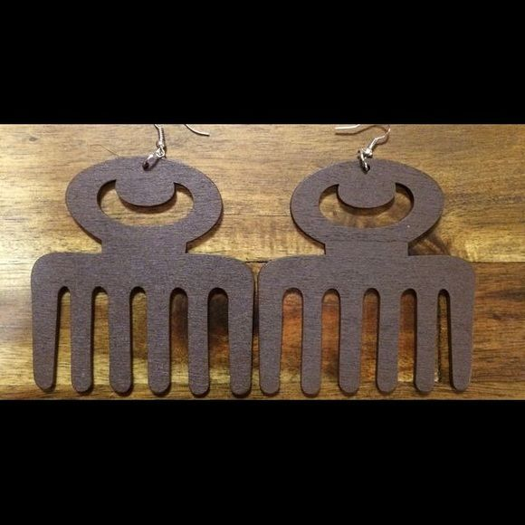 Duafe earrings brown  Duafe earrings in the color brown! Brand new still in plastic. Great for a statement earring with a sleek look or full on big hair accent! For the bold bright and beautiful! West African Adinkra symbol the Duafe comb has a rich history. See photo above. Make an offer! Jewelry Earrings