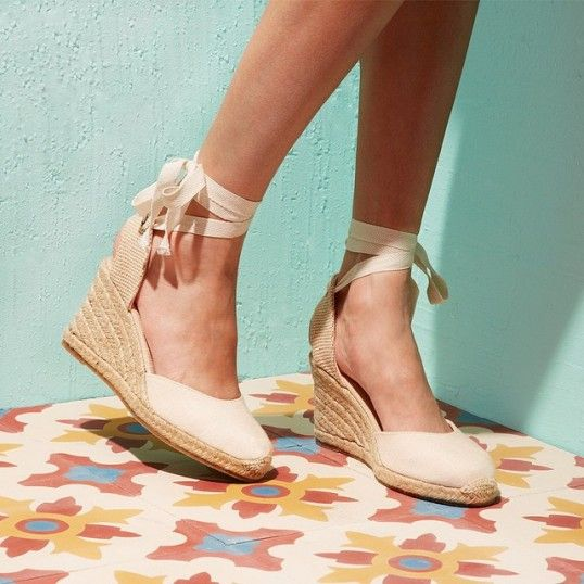 ca9bde6ae61e Soludos  Linen Wedge     available at the Richmond Heights location
