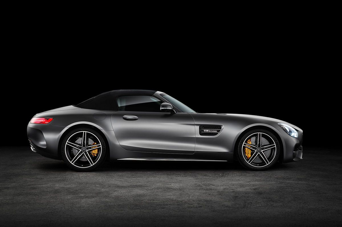 The Mercedes-AMG GT C roadster is slated to make its debut at the 2016 Paris Motor Show sporting performance bits from the AMG GT R.