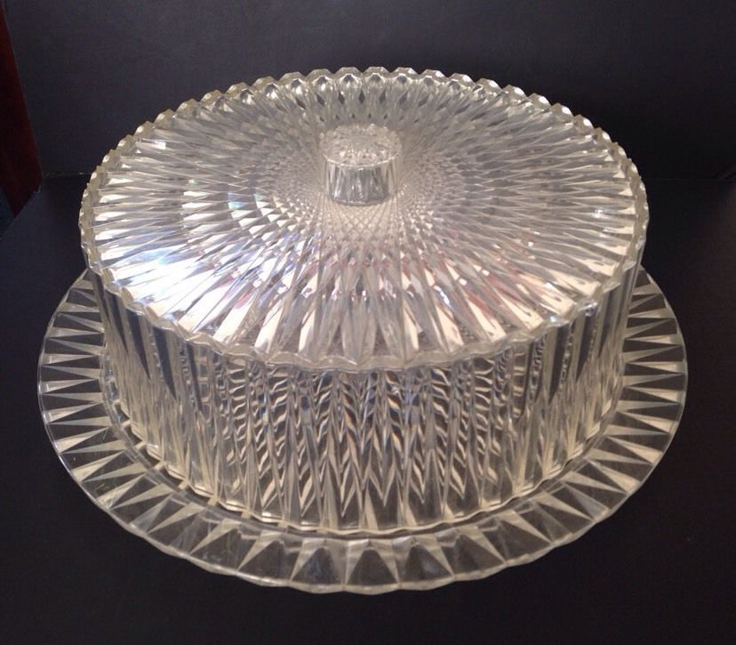 Vintage Clear Diamond Faceted Acrylic Plastic 10  Dome Cake Carrier Saver & Vintage Clear Diamond Faceted Acrylic Plastic 10
