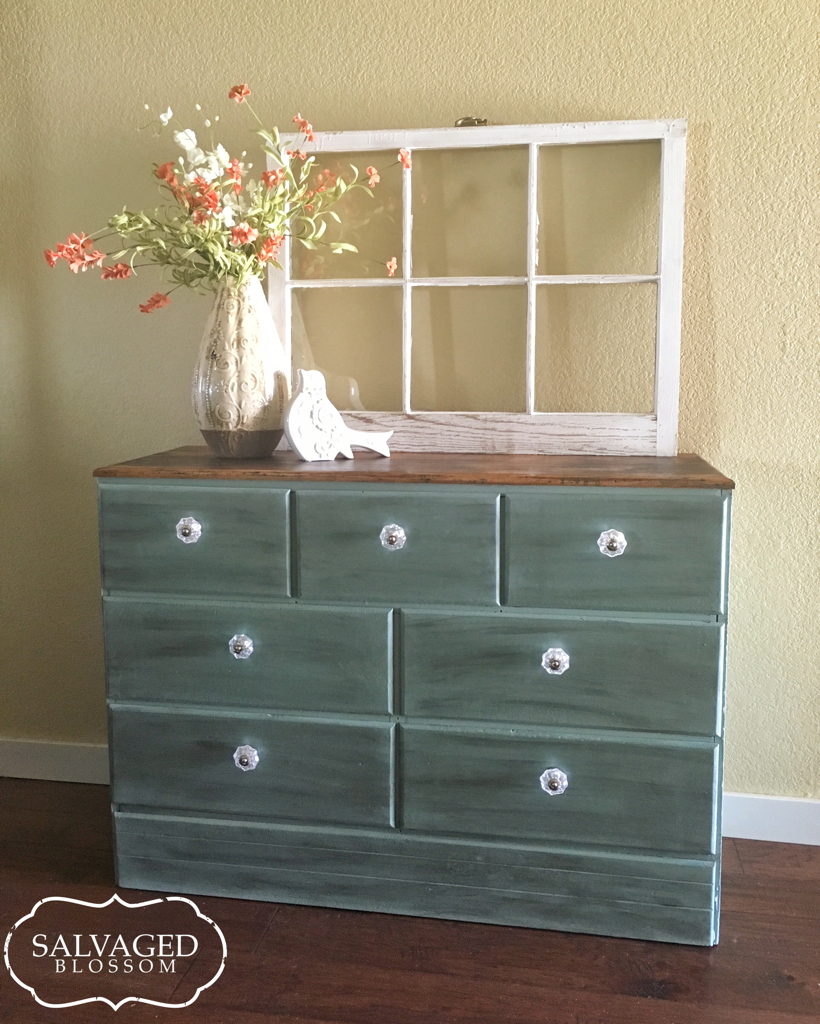 Chalk Paint For Kitchen Cabinets Uk: This Dresser Received A Makeover! I Painted The Drawers