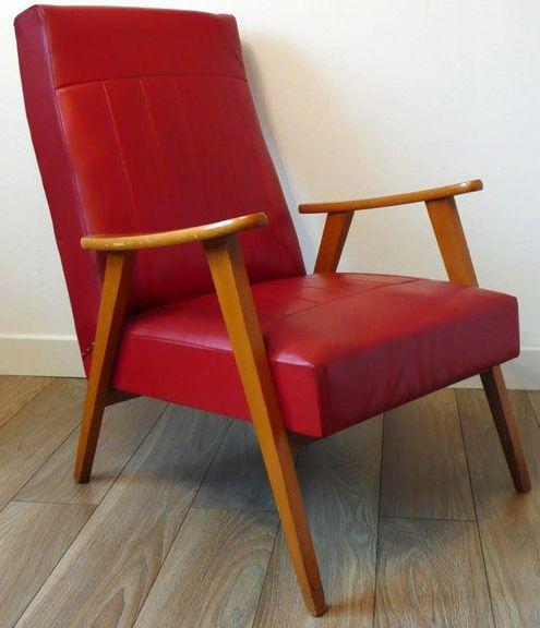 fauteuil bois et skai rouge style