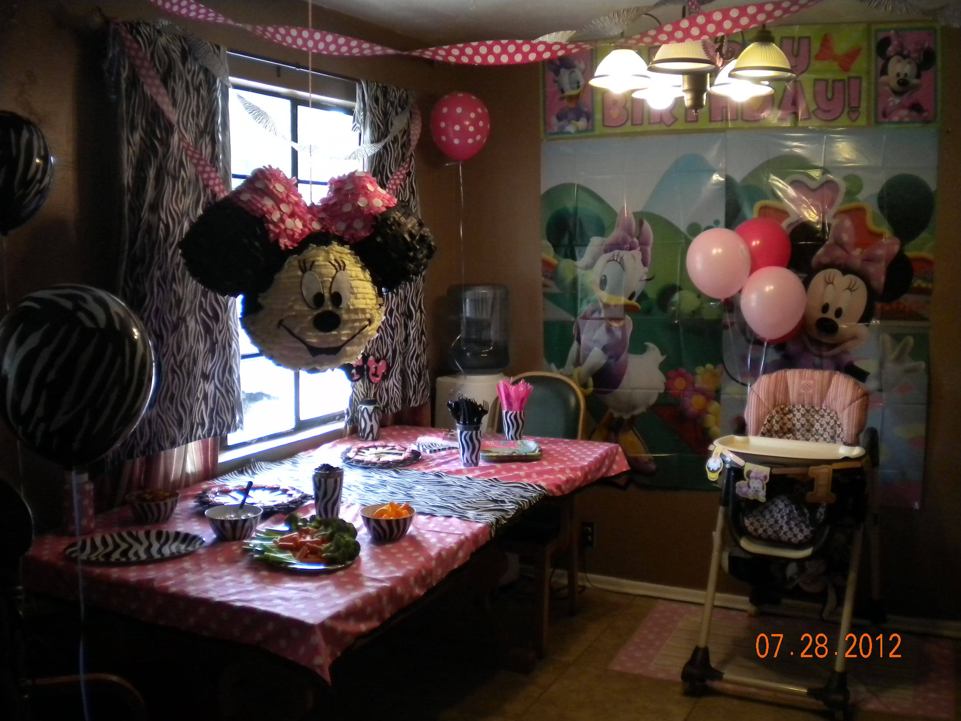 some of the crafts I made for her party