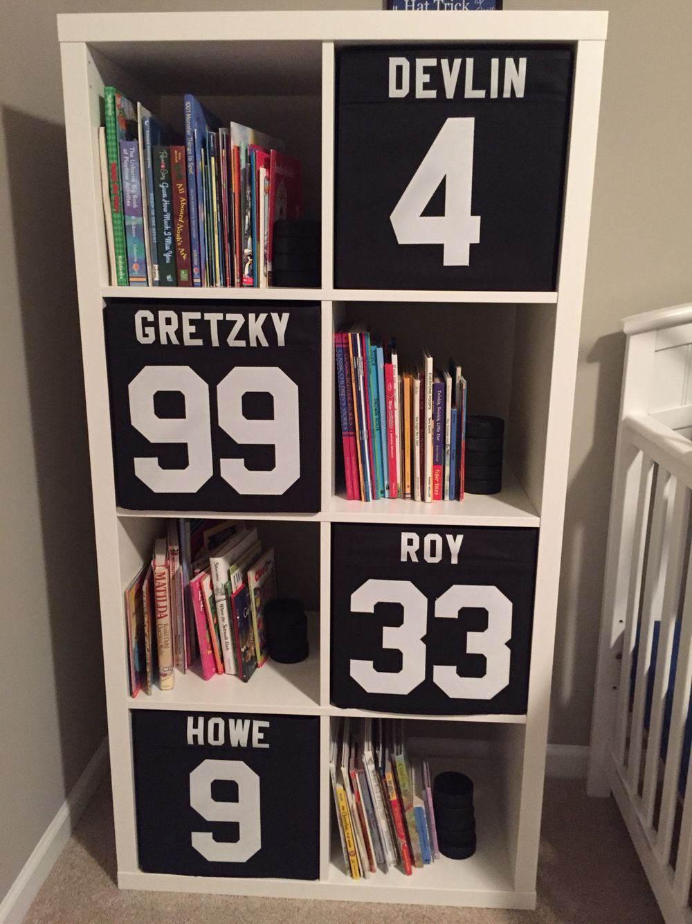 Boys hockey bedroom ideas - Hockey Nursery Diy Locker Storage Cubes Ikea Shelving Unit With Drona Cubes