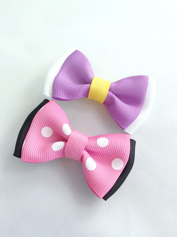 Disney Inspired Minnie Mouse And Daisy Duck Bows Mickey Mouse Clubhouse Colors Babies Toddlers And Little Girl Minnie Mickey And Minnie Love Girls Bows