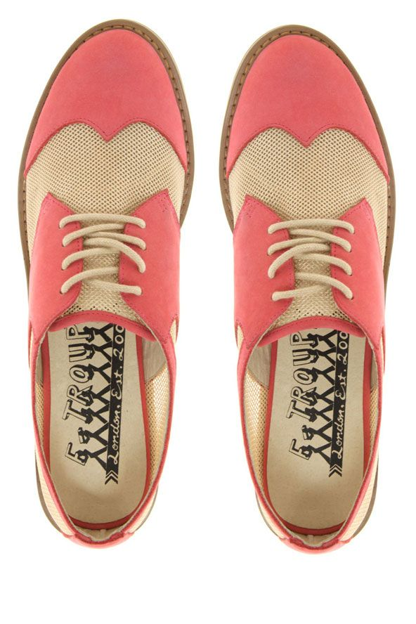 Linen Detail with Pink Brogues