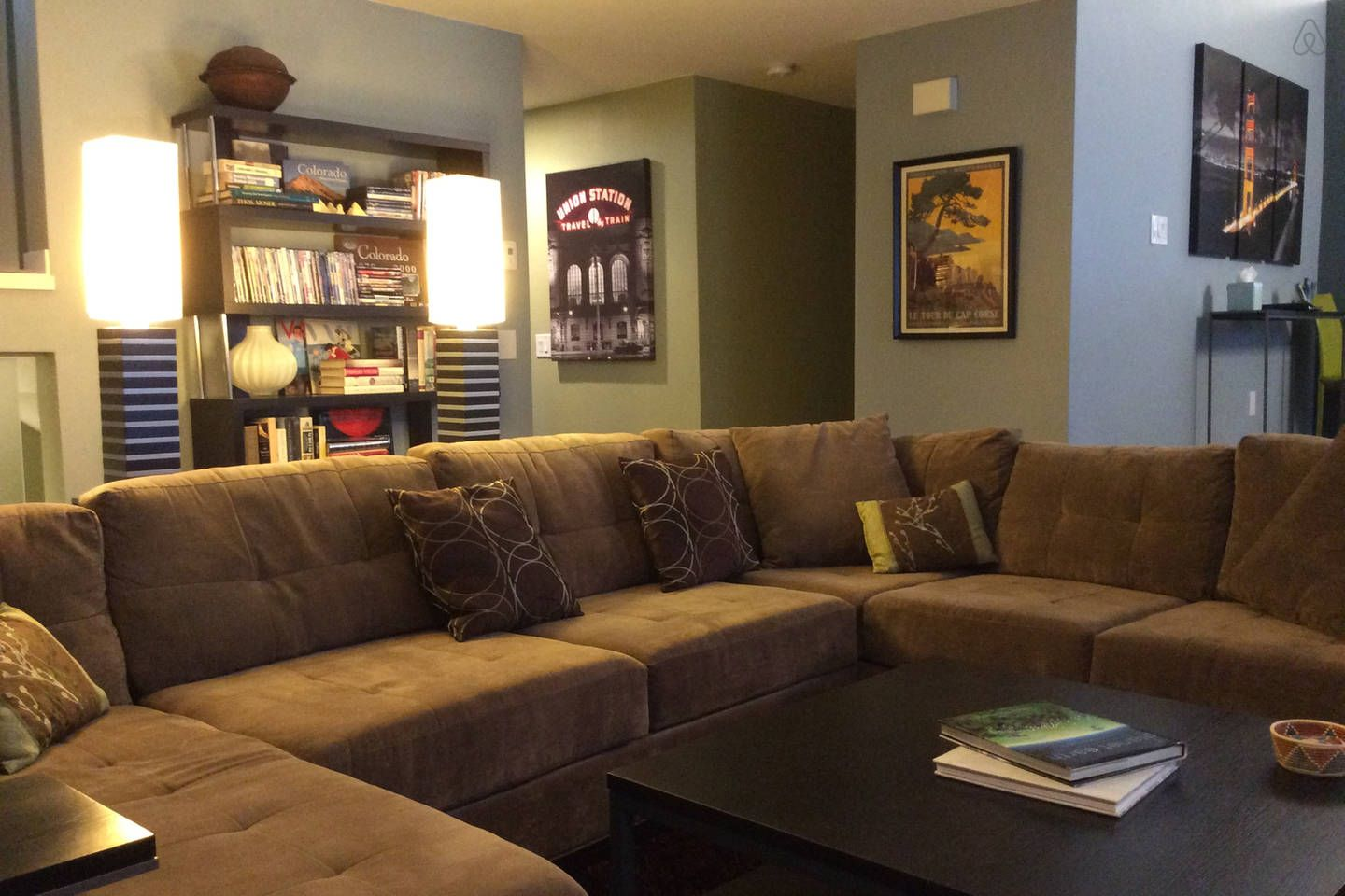 Large 3BR/3BA Townhome on Bus Route vacation rental in