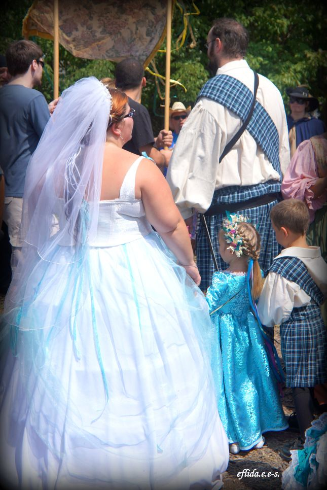 Lovers and Weddings at Michigan Renaissance Faire ...