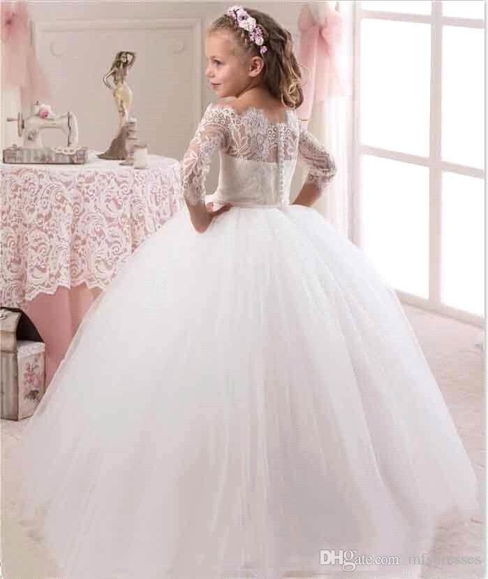 6d387934768b3 2017 Princess Girl Beauty Dresses Girls Puffy First Communion Dress  Appliques Lace Ball Gown Long Flower Girl Dresses with Sleeves Flower Girl  Dresses Long ...