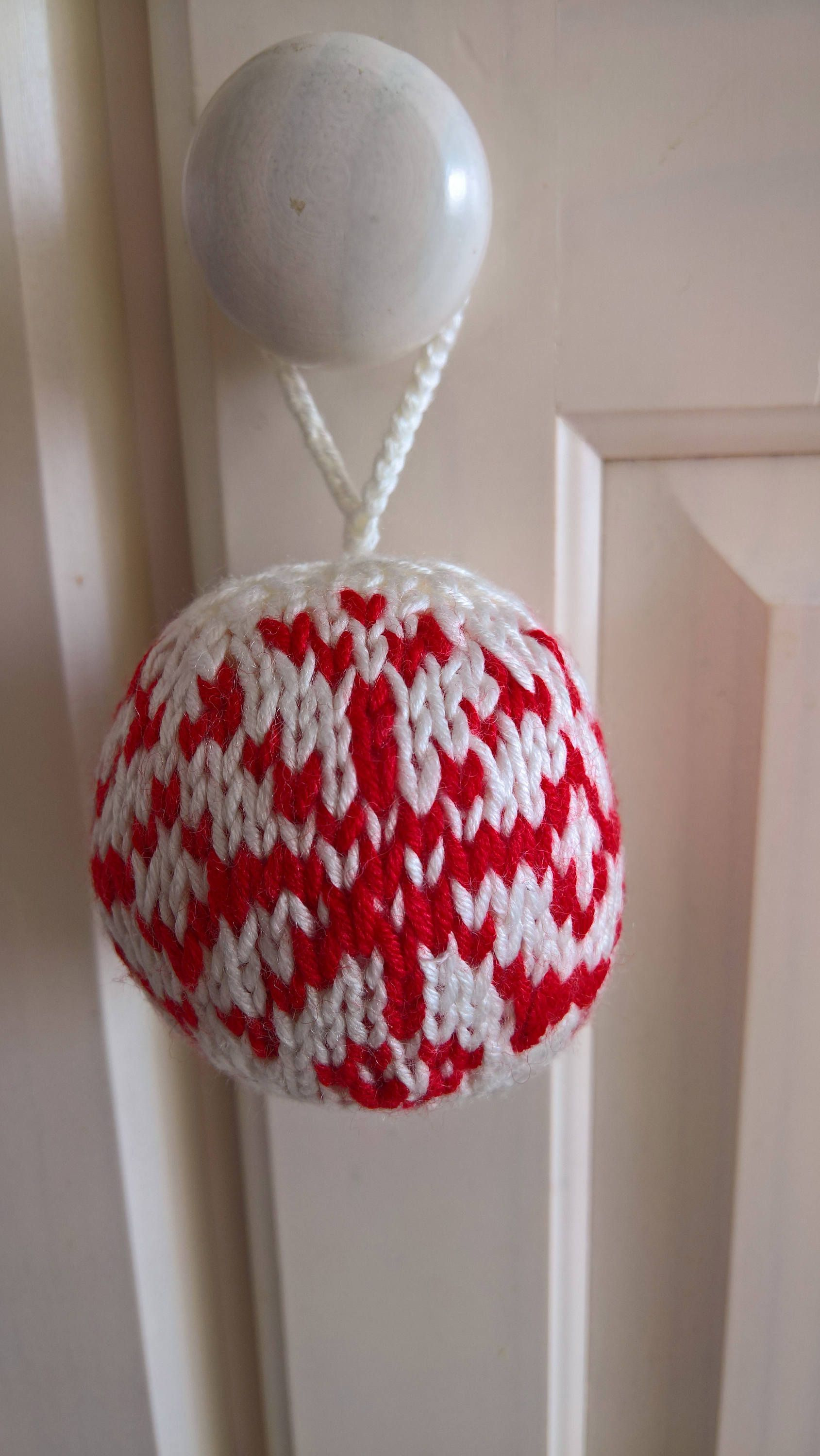 Knitted Christmas Ornament, Christmas Ball, Knitted Christmas Tree ...