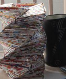 废旧杂志做纸艺花瓶