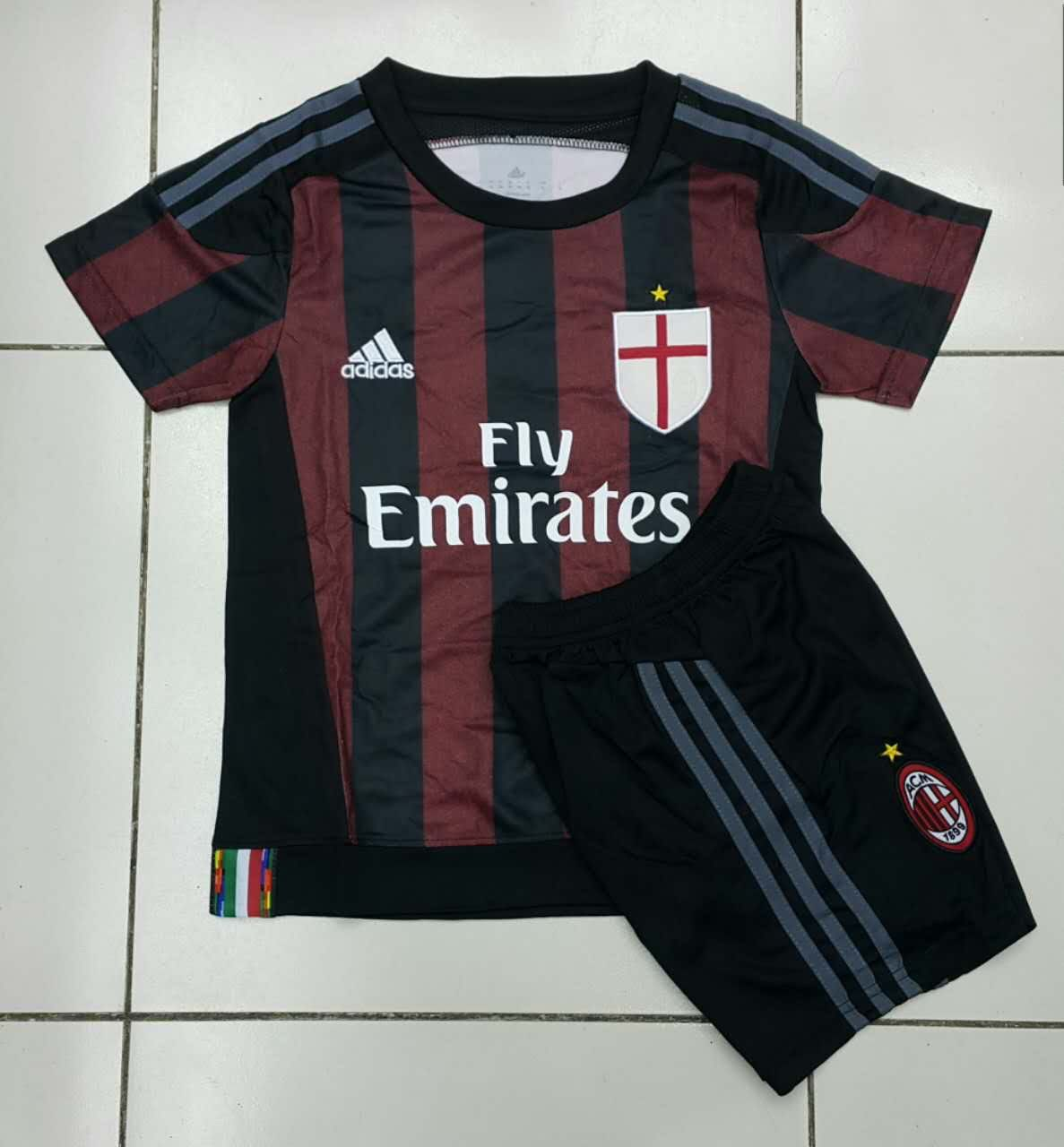 Jual Jersey (Anak) Kids AC Milan Home Musim 2015/2016 Terbaru Murah -