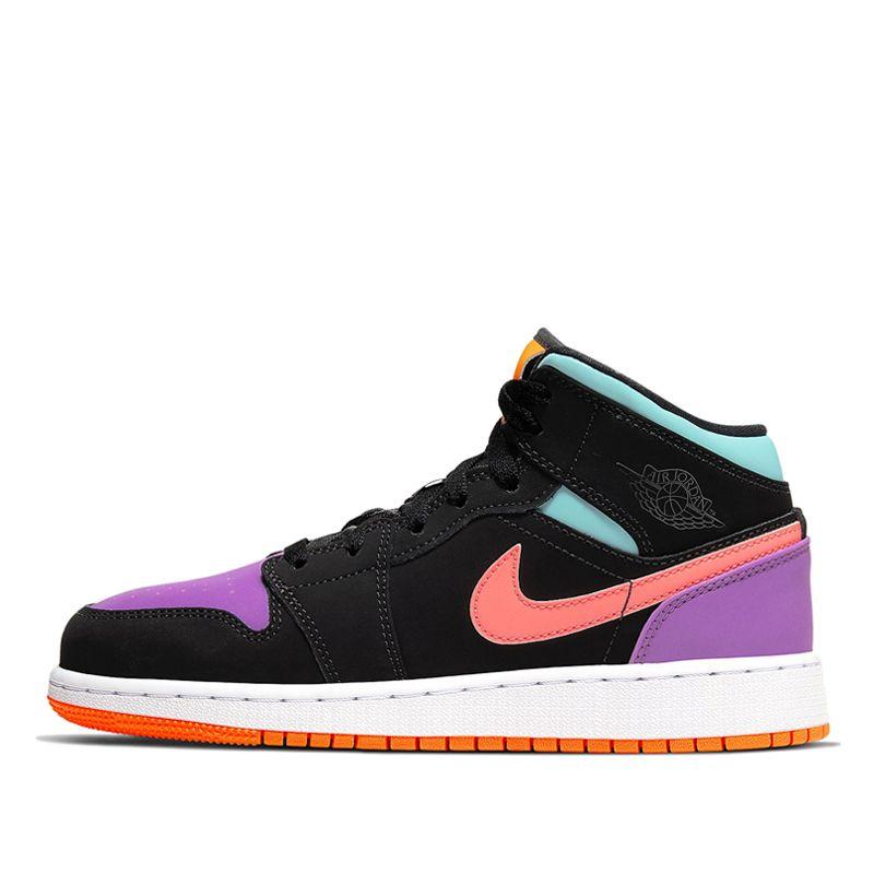 2020的Nike Air Jordan 1 Mid GS