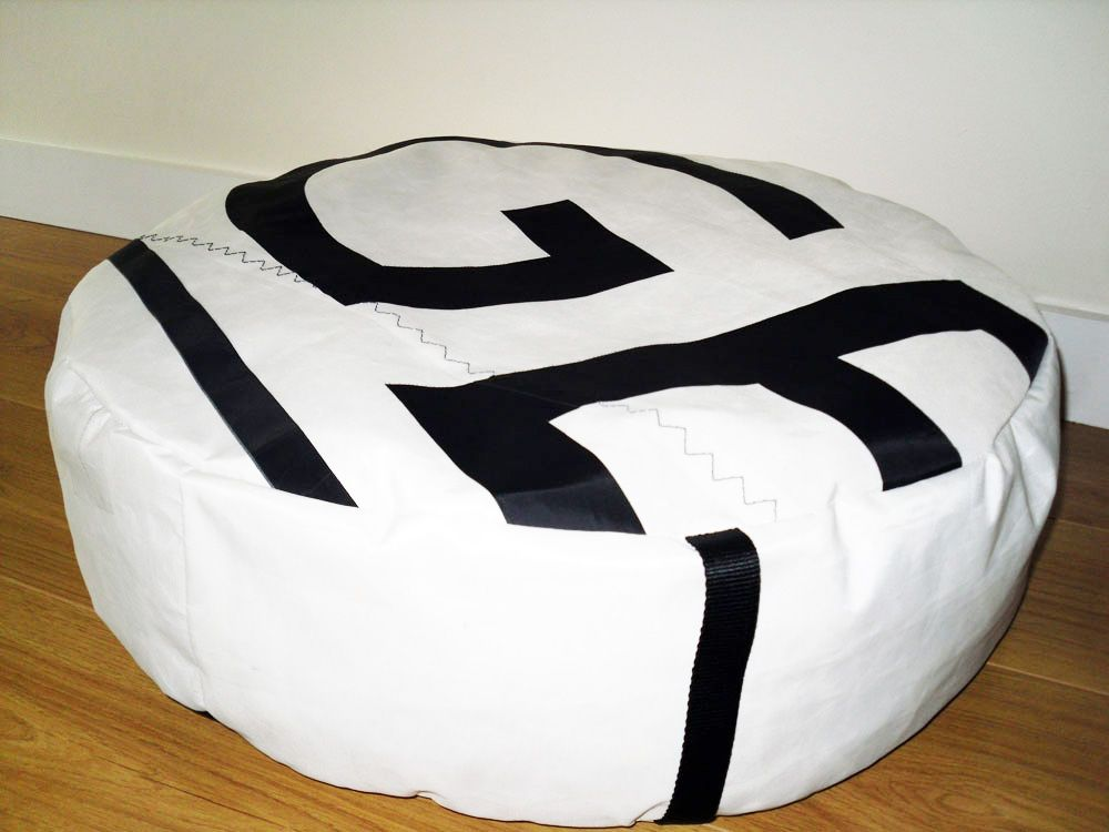 Enjoyable Dog Bed From Repurposed Sails Sew Pet Beds Boat Alphanode Cool Chair Designs And Ideas Alphanodeonline