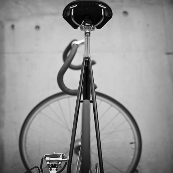 Custom Bike Project by Jon Chew, via Behance