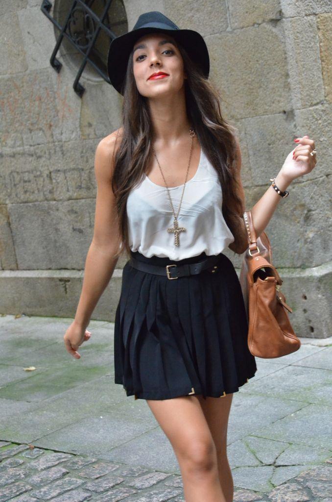 f76455b71e falda negra
