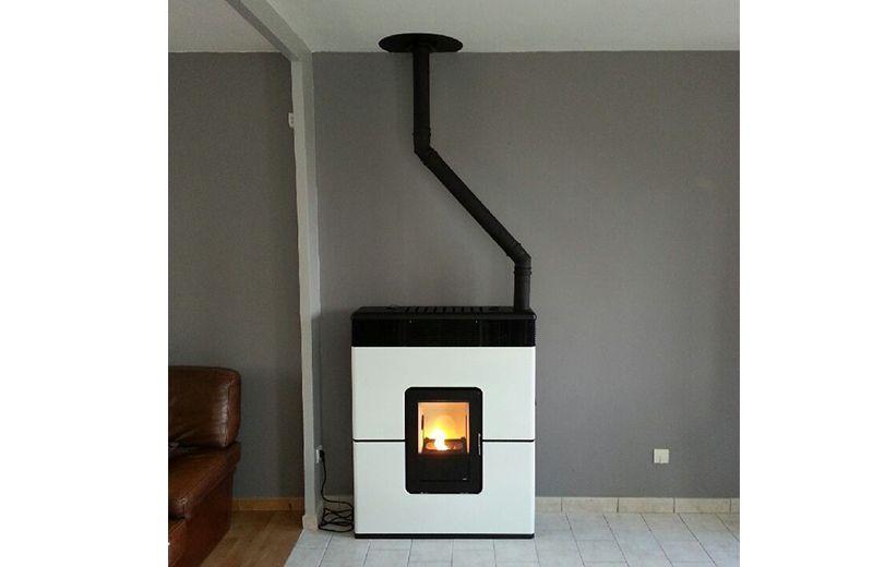 installation d 39 un po le pellets philo mcz blanc. Black Bedroom Furniture Sets. Home Design Ideas