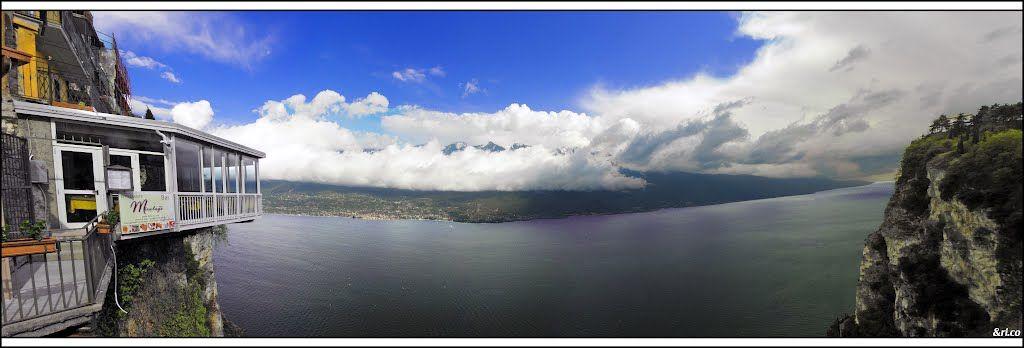 Panoramica dalla terrazza del brivido di Tremosine #gardalake ...