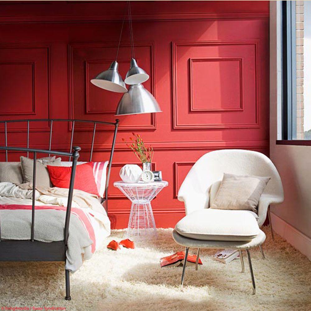 Schlafzimmer in Rot | Wohnen, Haus deko und Holzverkleidung