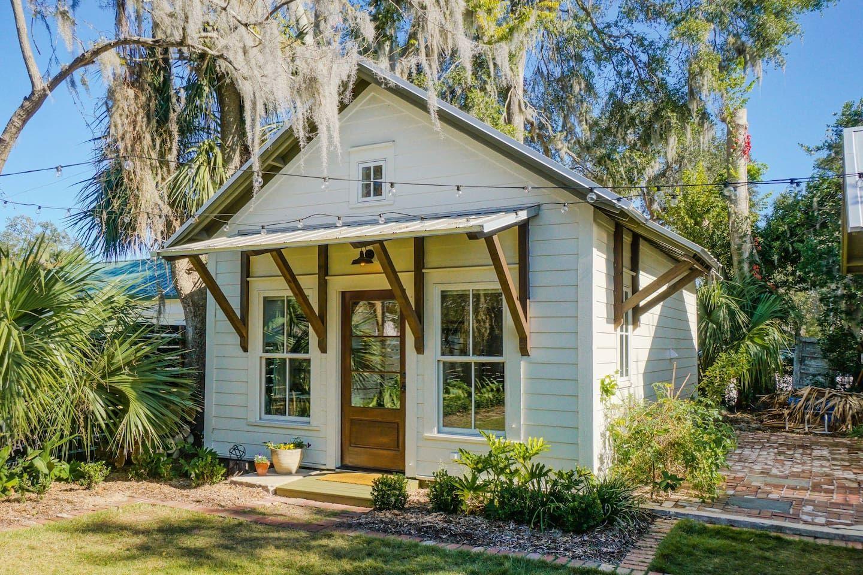 Beaufort Guest House Backyard Cottage Porch House Plans Family House Plans