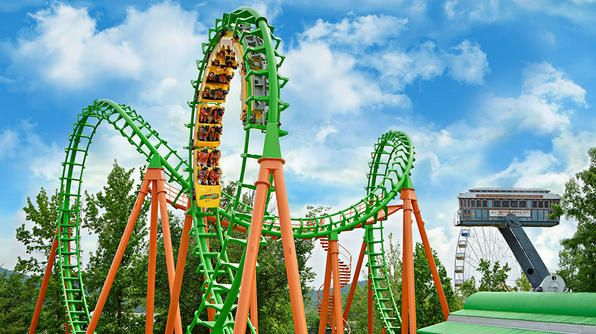Six Flags St Louis Home To Nearly 10 Roller Coasters Six Flags St Louis Added Boomerang To Its L Best Amusement Parks Amusement Park Water Parks In Missouri