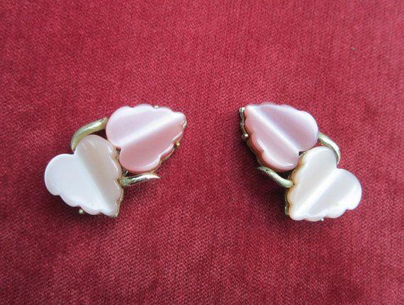 Vintage Coro heart leaf clip earrings by vintagejewelryetal
