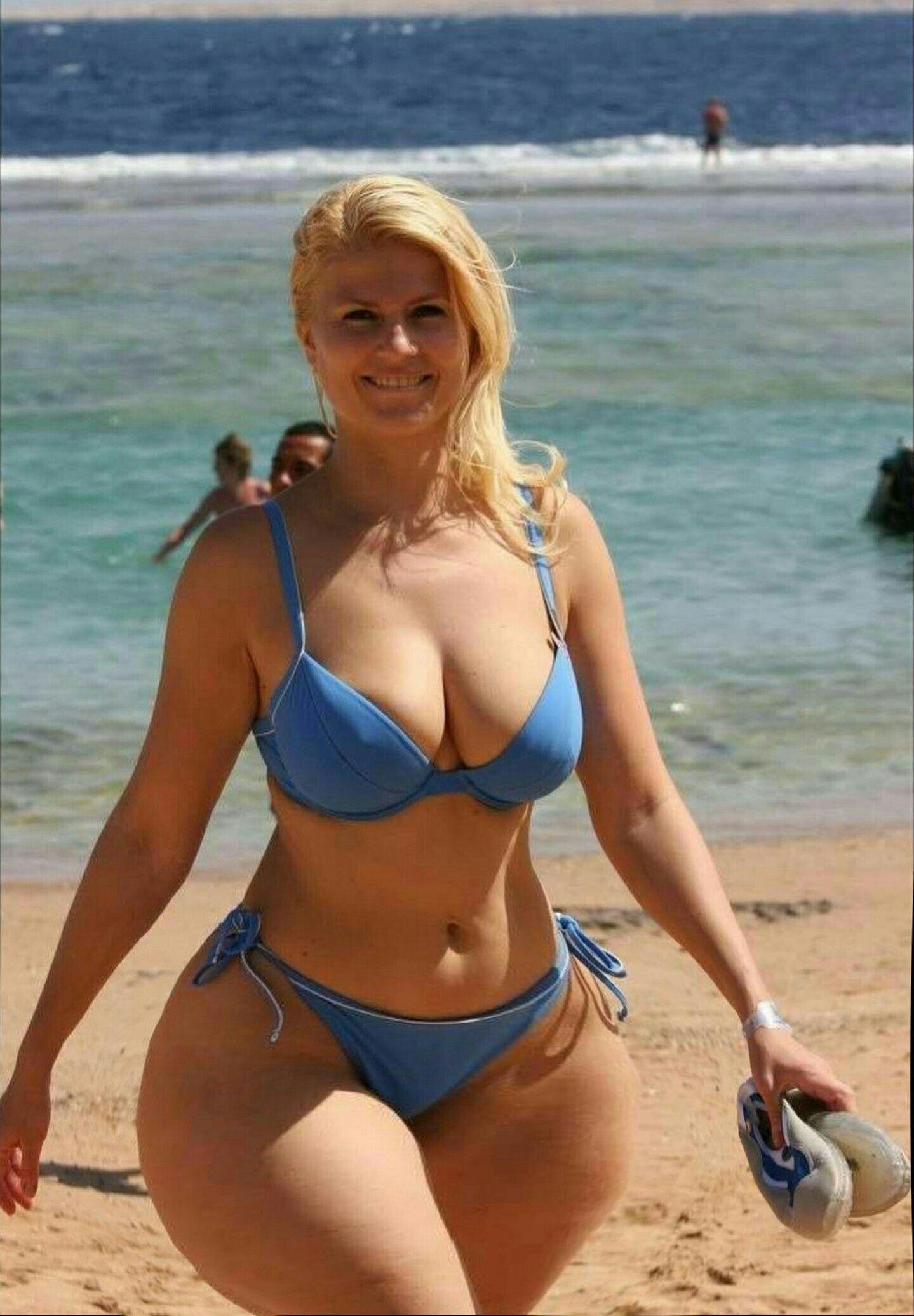 d67c56373545 Pin de Megaman smooth en ssbbw en 2019 | Bikini gordas, Mujeres ...