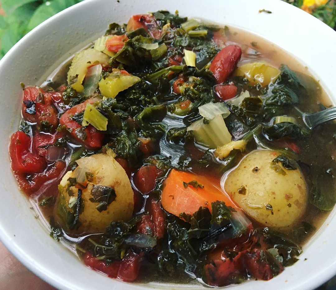 Taylor's Rustic Hearty Soup 🍂  Spinach-Fire Roasted Tomatoes-Kidney Beans-Potatoes-Carrots-Celery-Herbs
