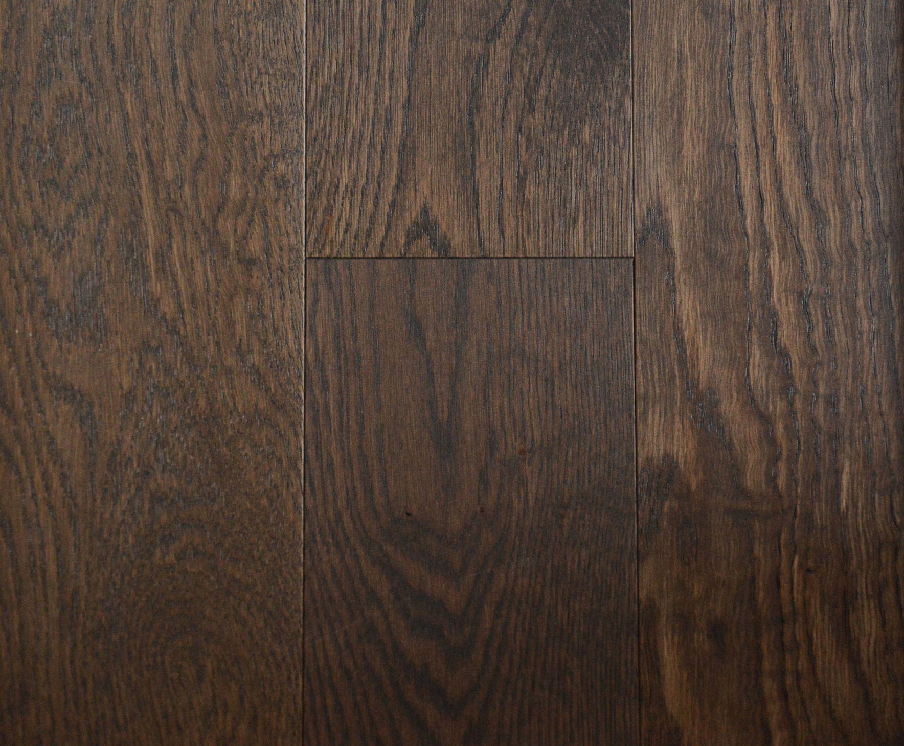Hardwood Flooring Signature Plain Sawn Wire Brushed Texture Uv Oil Finish White