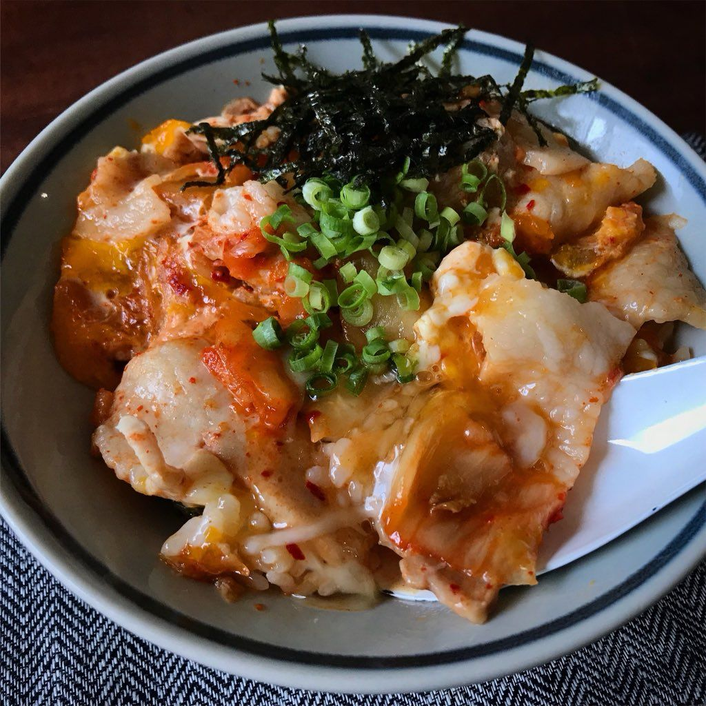 豚 キムチ 丼 レシピ