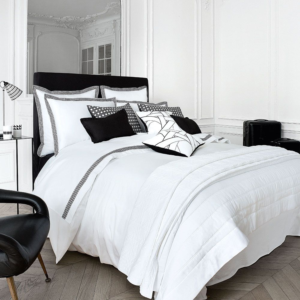 acheter descamps housse de couette meteore blanche. Black Bedroom Furniture Sets. Home Design Ideas